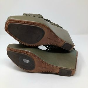 Frye Shoes - Frye Distressed Wedge Sandals Green Size 8.5 RARE!